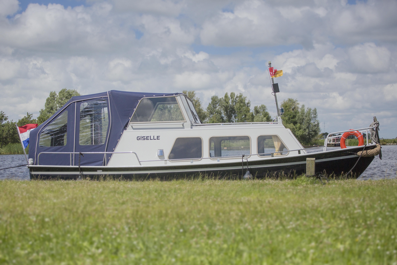 Giselle – De Schiffart Yachtcharter