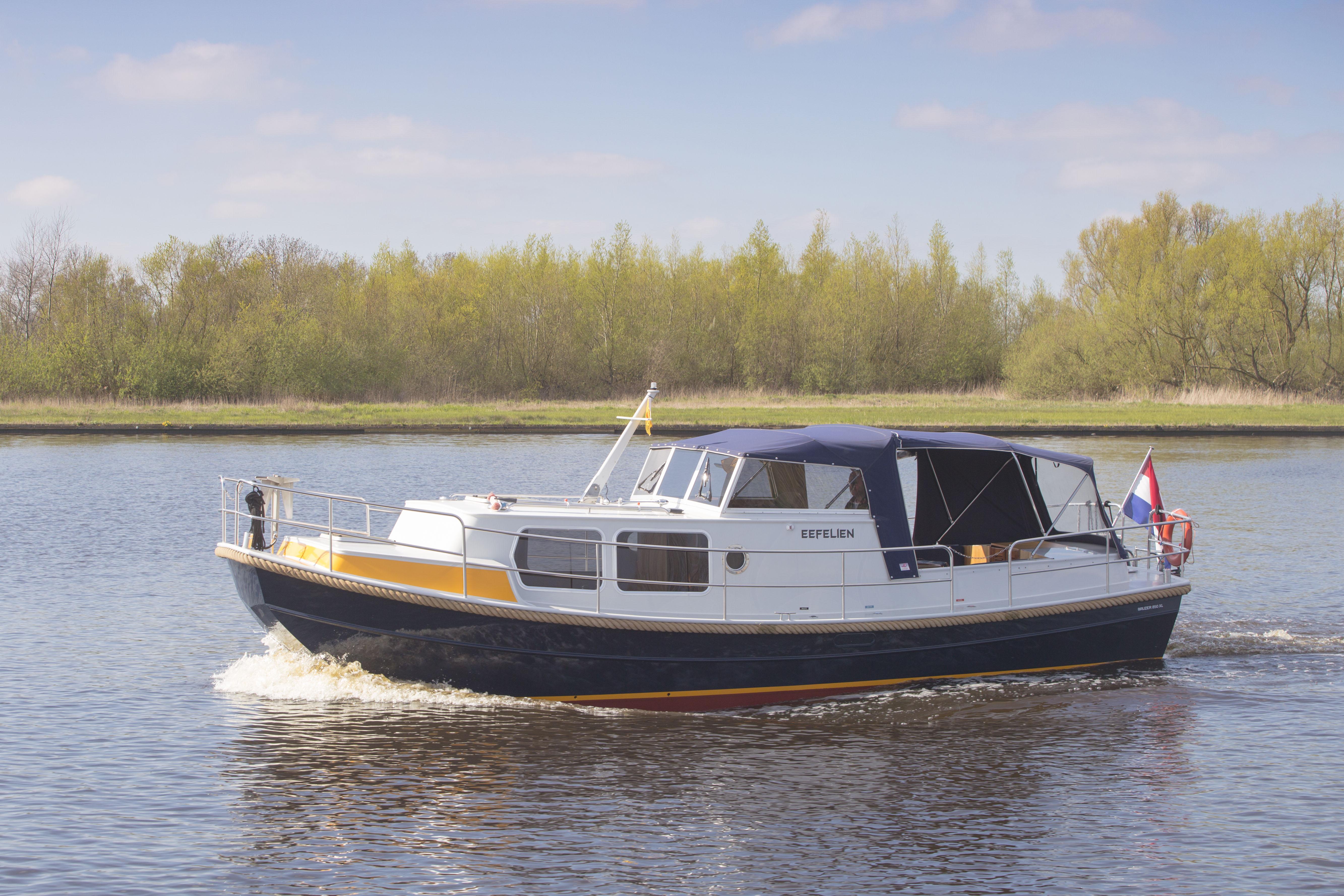 Eefelien – De Schiffart Yachtcharter