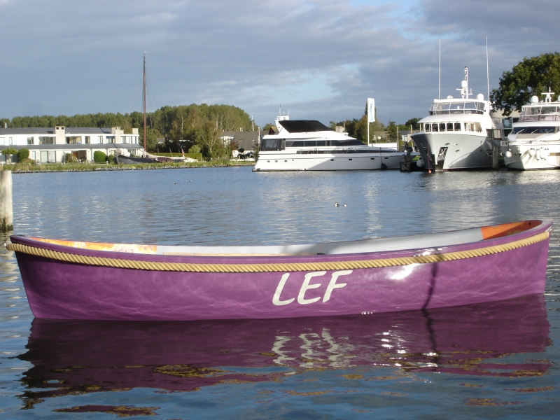 Sloep Liveboat 'LEF' – Yachtcharter Tacozijl Lemmer