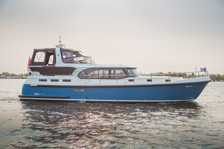 Hubertus – De Schiffart Yachtcharter