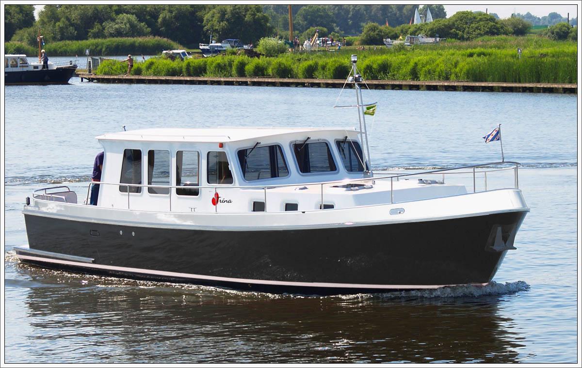 Simmerskip 1200 OK, TRINA, 6 personen vanuit Leeuwarden